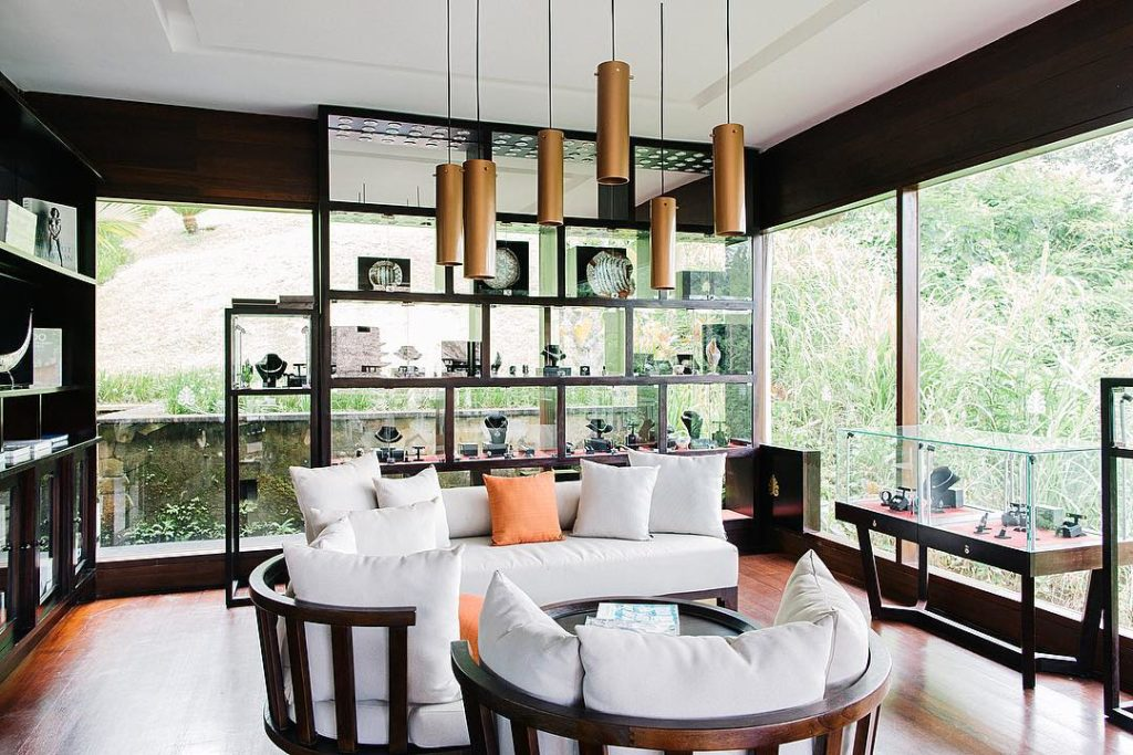Luxurious boutique at Hanging Gardens of Bali Discover International accessorieshellip